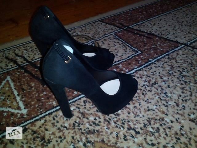 купить бу продам женские туфли в Дрогобыче