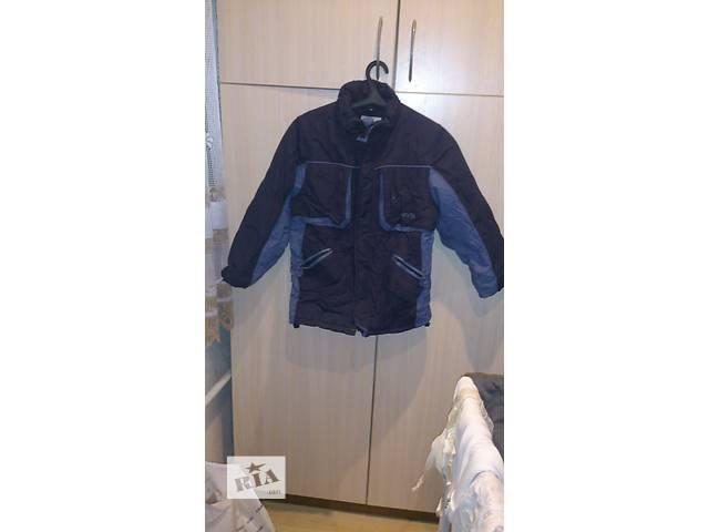 продам Продам зимнюю куртку на подростка р.140 бу в Киеве