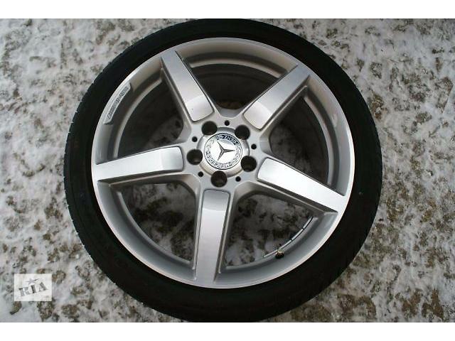 Диски литые amg r19 для мерседес е300 купе w207 в сборе с зимними не шипованными шинами нокиан wr, размер 235/35/19