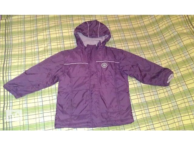 продам Продаю хорошую демисезонную курточку, рост 128 см.  бу в Киеве