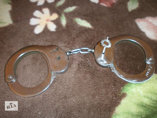 купить наручники в таганроге бу термобелья