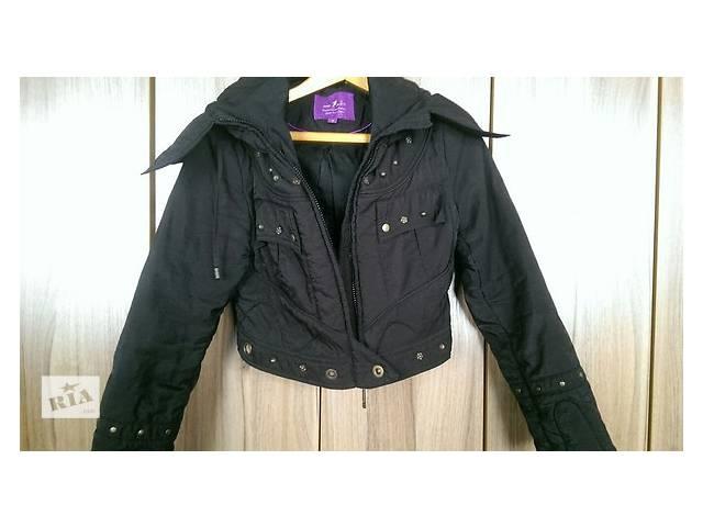Продаю женскую  куртку- объявление о продаже  в Киеве
