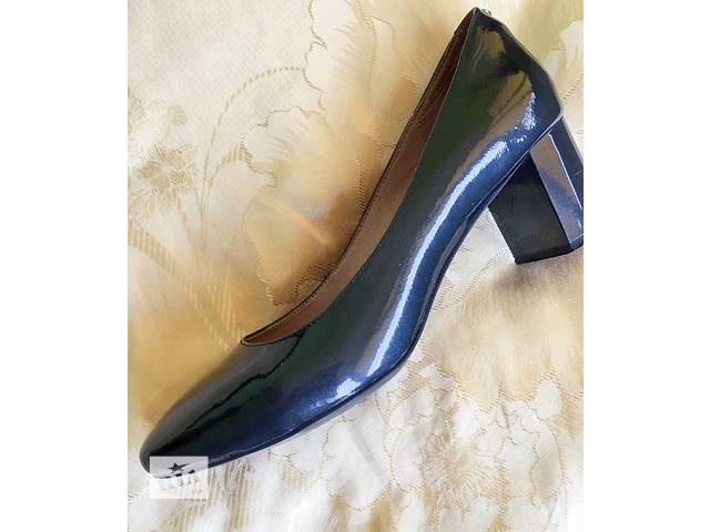 Продаю женские черные туфли TJ COLLECTION- объявление о продаже  в Киеве