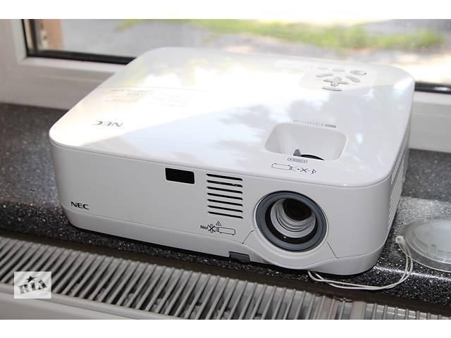 купить бу Проектор яркий 2600Lm  NEC NP410 DVI (HDMI) для кино, офиса, дома,, игр, презентаций Epson Acer Optoma Infocus в Днепре (Днепропетровск)