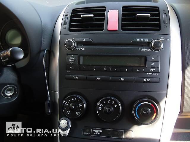 купить бу Приборы передней панели, часы для Toyota Auris в Коломые
