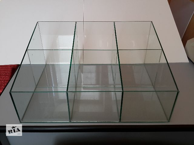Прикассовый стеклянный куб, торговое оборудование, диспенсер, витрина.- объявление о продаже  в Харькове