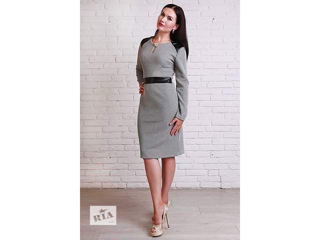 бу Приталенное платье с кожаными вставками в Хмельницком