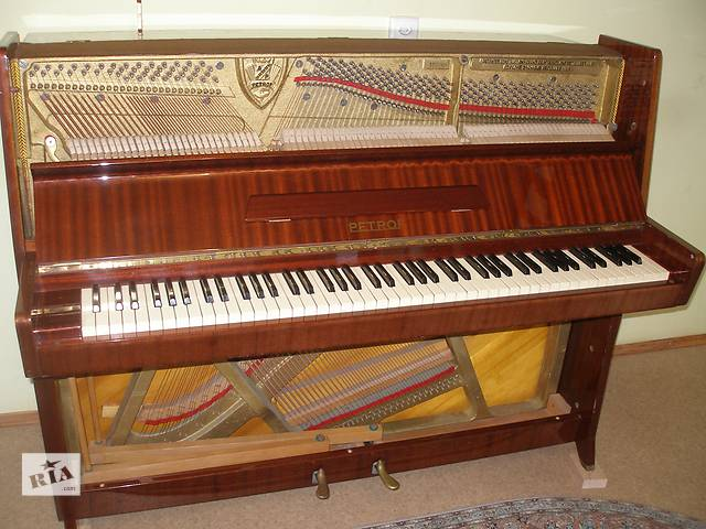Пианино Petrof- объявление о продаже  в Одессе