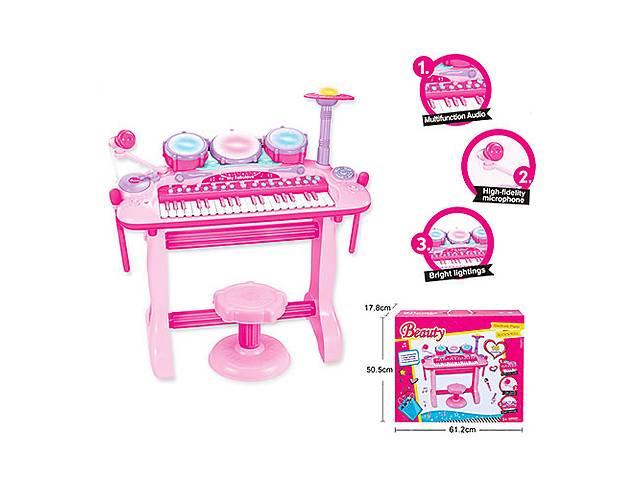 продам Пианино-синтезатор Beauty 105A со стульчиком бу в Одессе