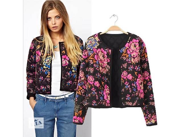 купить бу Пиджак утепленный , стеганая куртка.Оригинал. Цветочный принт в Киеве