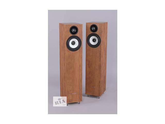 продам Pylon Audio Pearl 20 (чорні,горіхові, венге, кальвадос) бу в Мостиске