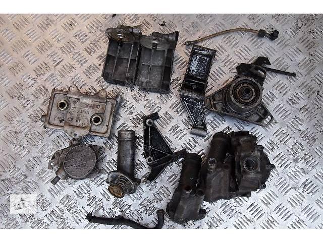 бу радиатор масла на спринтер 312 мотор 2.9 тди з1996-2000рв и другое по мотору в Черновцах