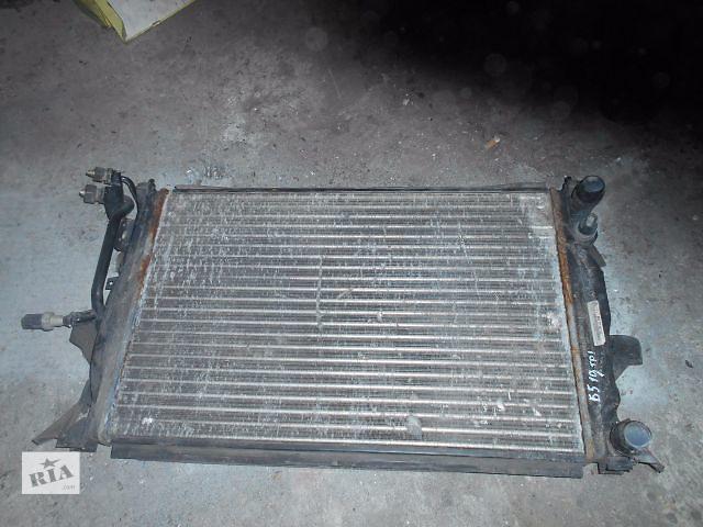купить бу радиатор для Volkswagen B5, 2000, 8D0121521AC в Львове