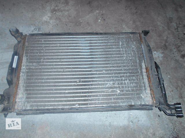 продам радиатор для Volkswagen B5, 2000, 8D0121521AT бу в Львове