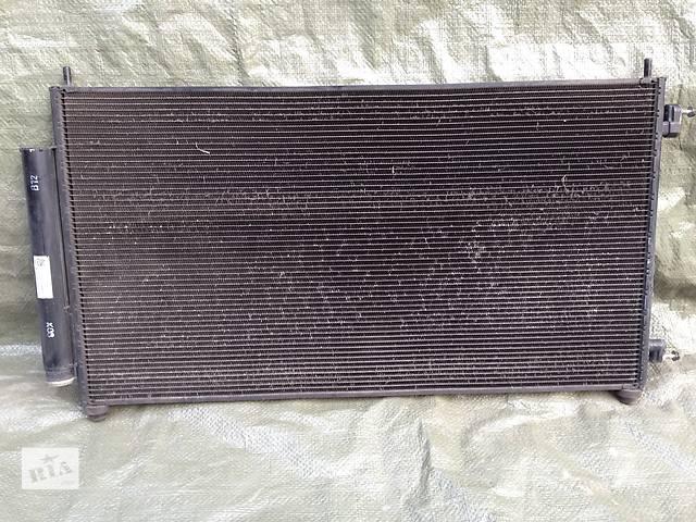 бу  Радиатор кондиционера для  Honda CR-V в Ровно