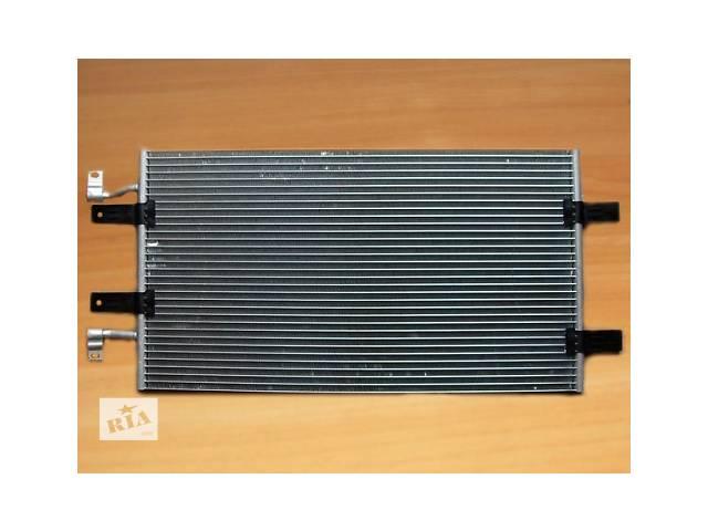 купить бу Радиатор кондиционера  THERMOTEC  Польша  на  2.5dci - RENAULT TRAFIC / OPEL VIVARO  в Луцке