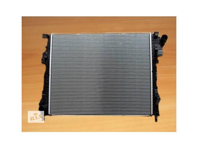 купить бу Радиатор охлаждения  NRF  Голландия  на  2.0dci -  RENAULT TRAFIC / OPEL VIVARO в Луцке