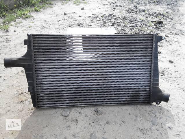 купить бу Радиатор интеркулера 2.5TDI, 132kw Audi A6 C5, Ауди А6 С5 оригенальный в Луцке