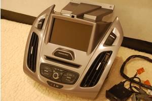 Новые Радио и аудиооборудование/динамики Ford Transit Connect