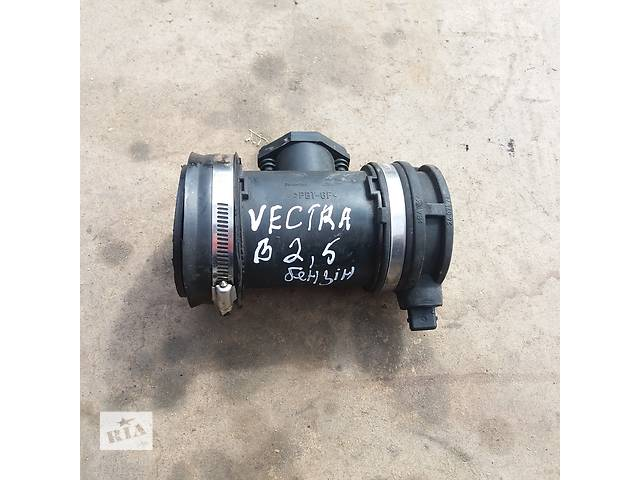 бу Расходомер воздуха для Opel Vectra B 2.5 Бензин в Ковеле