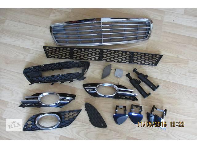 продам  Решётка бампера для легкового авто Mercedes E-Class  211                        --                 E212 бу в Ровно