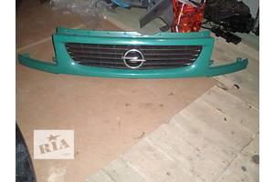 б/у Решётка бампера Opel Movano груз.