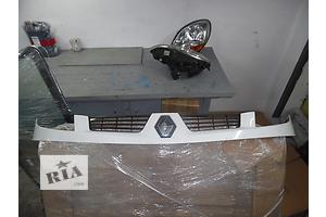 б/у Решётка бампера Renault Kangoo