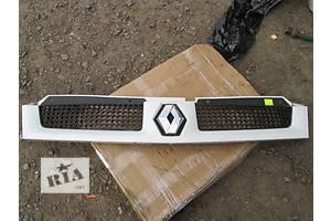 б/у Решётка бампера Renault Master груз.