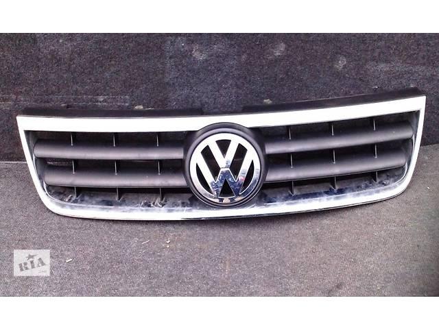 продам Решетка бампера Volkswagen Touareg 2003-2006 бу в Ровно