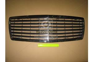 Новые Решётки бампера Mercedes 140