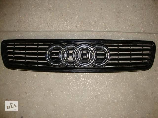 бу Решетка на капот оригинал Ауди А4 Audi A4 94-98рр 8D0853651J в Виннице