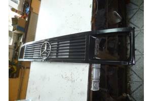 б/у Решётка радиатора Mercedes T1