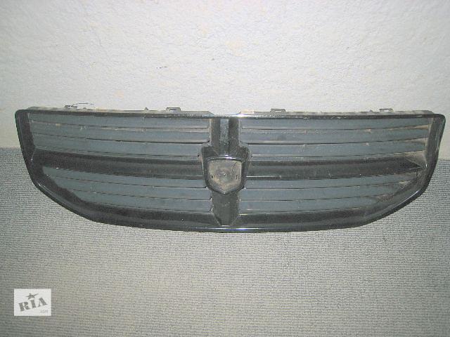 купить бу Решётка радиатора 68050326AA на Dodge Caliber ( Додж Калибр ) 2007 - 2012 года выпуска в Киеве