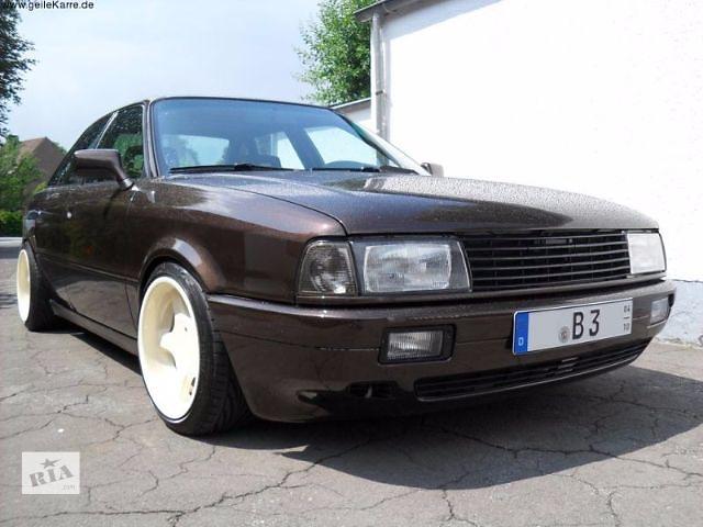 продам Решетка радиатора Audi 80 B3 (FKSG061) бу в Луцке