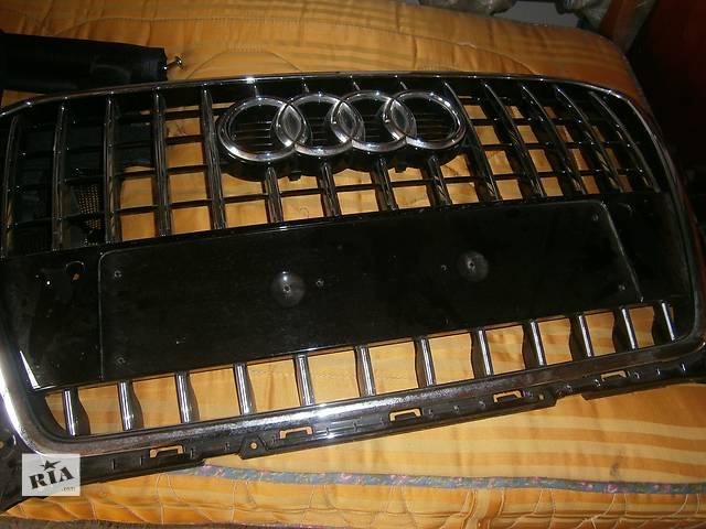бу  Решётка радиатора для легкового авто Audi Q5 в Волочиске