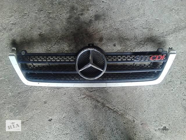 продам  Решётка радиатора для легкового авто Mercedes Sprinter бу в Звенигородке