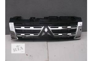 б/у Решётка радиатора Mitsubishi Pajero Wagon