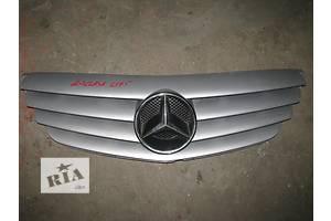 б/у Решётка радиатора Mercedes B-Class