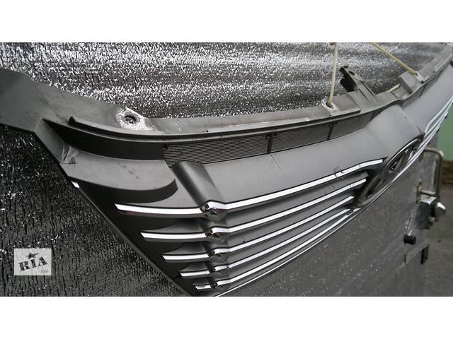 продам  Решётка радиатора для седана Toyota Camry бу в Александрие