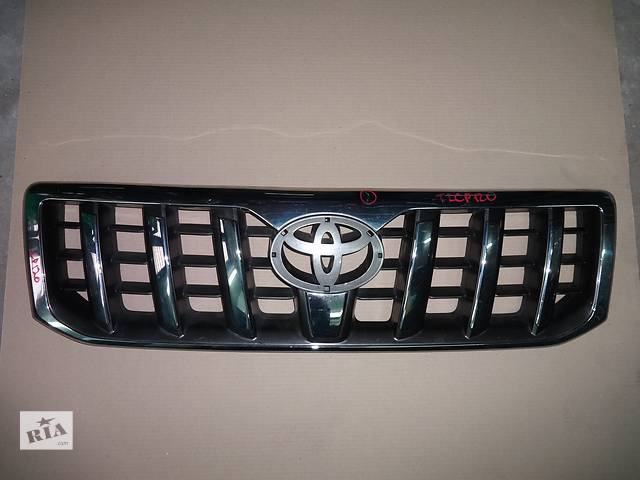 продам решётка радиатора для Toyota Land Cruiser Prado 120 2002-08 бу в Львове