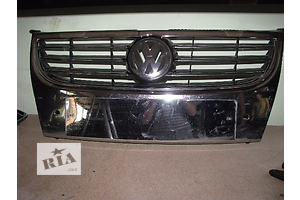 б/у Решітка радіатора Volkswagen Touran