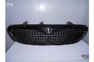 б/у Решётки радиатора Mazda Xedos 9