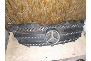 б/у Решётка радиатора Mercedes Sprinter 313
