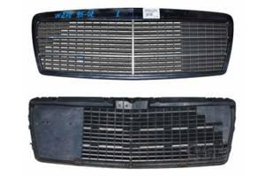 б/у Решётка радиатора Mercedes E-Class