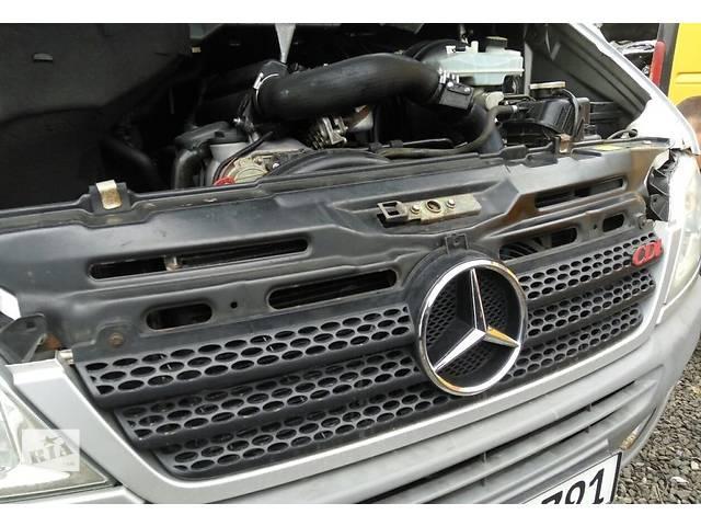 купить бу Решётка радиатора, решетка решотка бампера Mercedes Sprinter 903, 901 (96-06гг) 208 - 616 в Ровно
