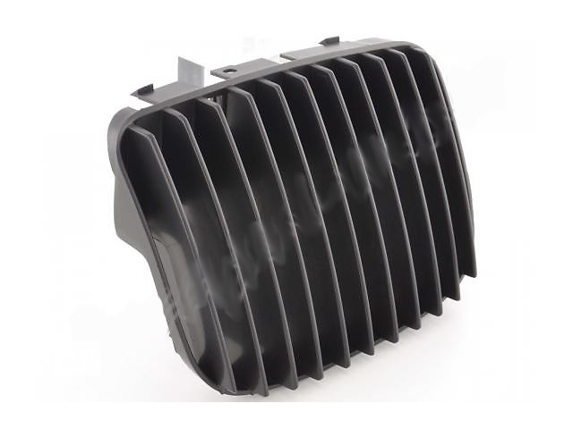 бу Решетка радиатора Seat Leon / Toledo черная в Луцке