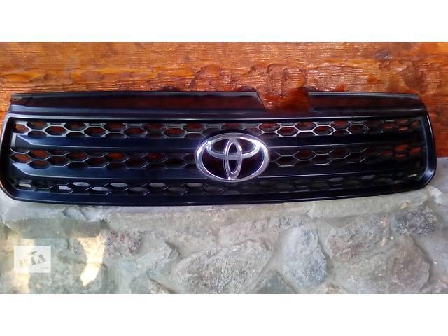 продам Решётка радиатора Toyota RAV4 2003-2005 оригинал, б/у бу в Новомосковске