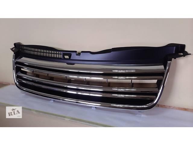 купить бу Решетка радиатора тюнинг VW Passat Пассат Б5 B5 стиль R32 (GV15PP) в Луцке