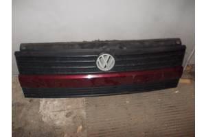 б/у Решётки радиатора Volkswagen Caravella