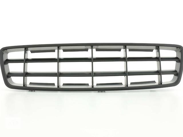 продам Решетка радиатора тюнинг Volvo XC70 черная бу в Луцке